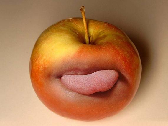 Toungy Apple